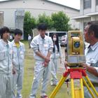 東総工業高校 建設科で「測量技術講習会」を開催|キャリアレッスン助成事例