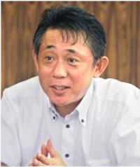 岡田 康晴 さん